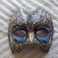Décoration de mur à la main, portable, masque costume vénitien, en or et noir, « masque de hibou »