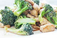 Broccoli Chicken Stir Fry http://www.cleanlean.com.au/