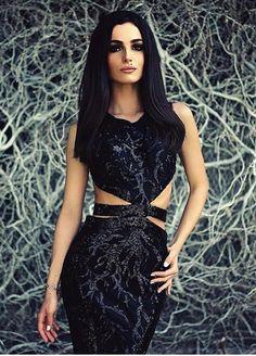 CRISTALLINI #EveningDress #Sequins #BlackDress #RedCarpet #Prom
