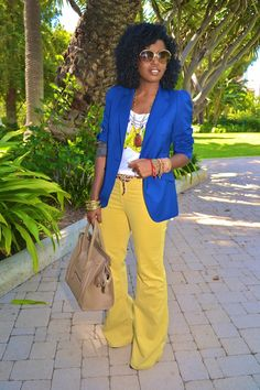 This weeks color mood - mustard and navy (although this is a royal blue I still like the concept) :-)