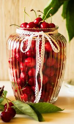 Jar of Cherries - Ana Rosa Cherry Baby, Cherry Tree, Cherry Blossom, Cherry Cherry, Cherry Hill Park, Acerola, Cherries Jubilee, Cherry Recipes, Red Cottage