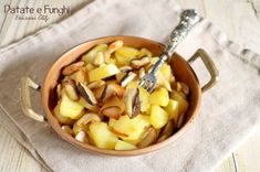Patate+e+Funghi+Porcini+in+padella Cantaloupe, Fruit, Food, Contouring, Brioche, Meal, The Fruit, Essen, Hoods