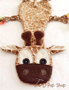Baby Lovey Tag Blanket Giraffe Binkie Lovey Toy por SewDPopShop