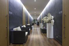 Il corridoio del centro benessere dell'Hitel Des Bains. Illuminazione led ad incasso.