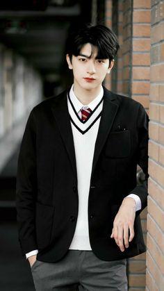 the next story after he's vampire Bagi Taehyung kembalinya Jung Yeri… # Vampir # amreading # books # wattpad Korean Boys Ulzzang, Cute Korean Boys, Ulzzang Boy, Asian Boys, Asian Actors, Korean Actors, Li Hong Yi, Korea Boy, Kdrama Actors