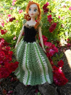 Anna's gown for coronation day--free crochet pattern