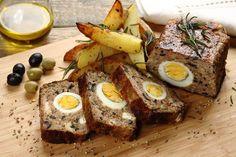 Pieczeń rzymska z udźca indyka  – przepis krok po kroku – przepisy.pl Easter Dishes, Meatloaf, Mashed Potatoes, Smoothie, French Toast, Good Food, Eggs, Cheese, Dinner