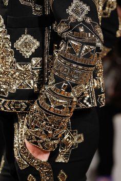 Fashion Tips Diy Emilio Pucci Fall 2014 Ready-to-Wear Fashion Show Details.Fashion Tips Diy Emilio Pucci Fall 2014 Ready-to-Wear Fashion Show Details Couture Mode, Couture Fashion, Runway Fashion, High Fashion, Fashion Show, Womens Fashion, Uk Fashion, Fashion Tips, Couture Details