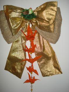 Laço para porta com Tsurus em Tecido engomado e passarinho - Castorina