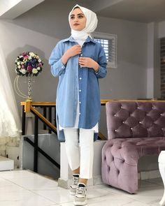 The image may contain: 1 person standing Modern Hijab Fashion, Muslim Fashion, Modest Fashion, Fashion Outfits, Casual Hijab Outfit, Hijab Dress, Casual Outfits, Muslim Girls, Muslim Women
