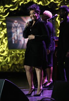 Gladys Knight Photos Photos - Singer Gladys Knight performs at the 16th Annual Super Bowl Gospel Celebration at ASU Gammage on January 30, 2015 in Tempe, Arizona. - 16th Annual Super Bowl Gospel Celebration