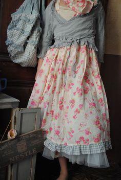 MLLE JOSSELYNE : Robe bretelle à fleurs