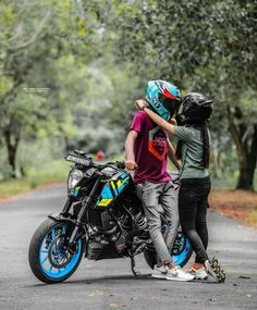 Cute Couple Art, Cute Couples, Actor Picture, Kerala, Insta Pic, Bike, Actors, Photography, Beautiful