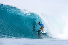 Michel Bourez wins the 2016 Billabong Pipe Masters The Tahitian defeated Kanoa Igarashi in the final. John John Florence conquered his third Triple Crown of Surfing trophy. READ: https://goo.gl/5uGnPa  #michelbourez #billabongpipemasters #vtcs #surfing