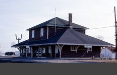 EARLTON , Ontario - Ontario Northland Railway train station