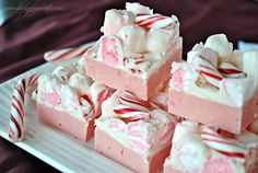 Peppermint Fudge- creamy peppermint fudge made with #Andes baking chips, topped with #peppermint marshmallows, white chocolate and #candycanes @shugarysweets