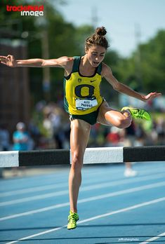 trackandfieldimage: Alexi Pappas, University of Oregon, at the US Track and Field Championships in Des Moines, 2013 Trackandfieldimag. Running Race, Marathon Running, Running Women, Running Motivation, Fitness Motivation, Running Inspiration, Fitness Inspiration, Female Athletes, Women Athletes