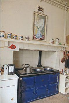 The Peak of Chic®: Agatha Christie kitchen with blue Aga Agatha Christie, Aga Kitchen, Kitchen Dining, Kitchen Ideas, Kitchen Supplies, Rustic Kitchen, Hercule Poirot, Aga Stove, Aga Cooker