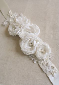 Bridal Flower Sash Belt Narrow Thin Ivory Lace Wedding Vintage Silver Crystal Pearls Romantic Dress Ribbon Rustic Bridal Lace Accessories