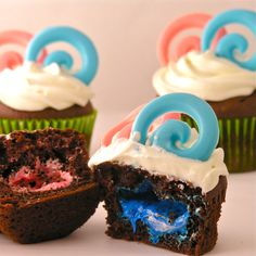 Is it a boy?  Is it a girl?  You'll have to take a bite of this cupcake to find out