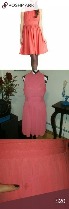 Windy City Dress in Coral Beautiful dress, but it's gotten too big for me. It's in great shape except for a small stain on the front (3rd pic). Side zipper and back key hole with button closure. Shell fabric does not provide stretch. Lining fabric provides stretch. It's a 1X, but it runs a little small. The brand is Azalea. ModCloth Dresses