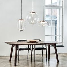 KNOT SFERA designer General lighting from Brokis all information high-resolution images CADs catalogs contact . Home Lighting, Lighting Design, Pendant Lamp, Pendant Lighting, Farmhouse Lighting, Deco Design, Interior Design Tips, Glass Shades, Light Fixtures