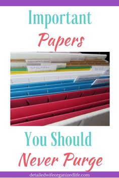 Do you know what documents in your house you should keep or toss? Do you struggle to let go of paper in your home? Here is how to know what to keep and what to toss. Organizing Paperwork, Clutter Organization, Home Organization Hacks, Paper Organization, Organization Ideas, Home Emergency Kit, Emergency Planning, Emotional Clutter, Declutter Your Life