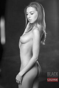 B/W by Konstantin Lelyak on 500px