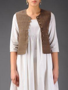 Trendy Crochet Skirt For Women Fabrics Sleeves Designs For Dresses, Shrug For Dresses, Dress Neck Designs, Saree Blouse Designs, The Dress, Jacket Style Kurti, Kurti With Jacket, Jacket Dress, Indian Jackets