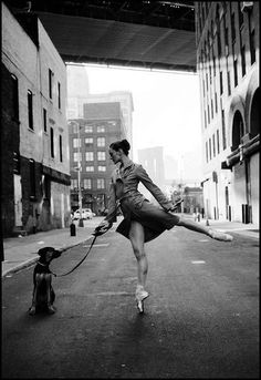 I love the eligance of ballet.  Such a lost art in so many ways... as is musical theatre and reading.