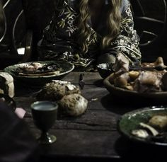 Cersei Baratheon / Lannister (Lena Headey) in Game of Thrones Cersei Lannister, High Fantasy, Medieval Fantasy, Alexandre Astier, Game Of Thrones Cersei, Game Thrones, Queen Cersei, Captive Prince, Movies