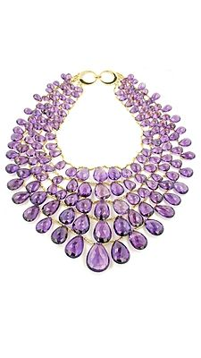 Now THAT'S a bib necklace!