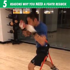 If you are training boxing, muay thai or mixed martial arts, then this traini. Mixed Martial Arts Training, Self Defense Martial Arts, Martial Arts Workout, Boxing Drills, Boxing Boxing, Boxe Fitness, Muay Thai Training, Mma Training, Kickboxing Workout