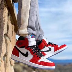 Men's & Women' sport sneakers. Do you want more info on sneakers? Nike Air Jordans, Air Jordan Sneakers, Jordan Shoes, Jordan Outfits, Air Jordan Retro, Sneakers Mode, Sneakers Fashion, Nike Sneakers, Sneaker Outfits