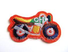 Ecusson , patch thermocollant moto à coudre ou repasser 71 x 44 mm - Applique moto - broderie moto : Déco, Customisation Textile par une-histoire-de-mode