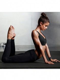 The Least Amount You Can Work Out and Still See Results yoga fitnees – Top healthy fitness Photos Fitness, Fitness Models, Yoga Photography, Fitness Photography, Mode Yoga, Yoga Nature, Zen Yoga, Videos Yoga, Yoga Photos