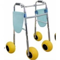 Andador de cuatro ruedas Country #ortopedia #orthopedia #walkers #mobilitywalkers #andadores #adultos #mayores #terceraedad #salud #health #beach #sand #waterproof #summer