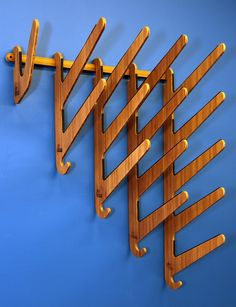 Bamboo Wall Rack for Awesome Surfboards. Surfer tested, Mother approved. Our Kaua'i Series wall rack is a stylish good-looking alternative to throwing your surfboard in the garage. Designed for shortb