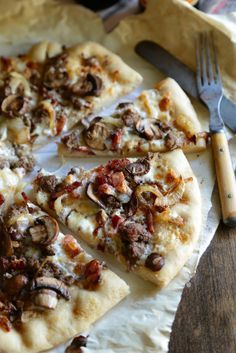 Take your favorite game day burger, and turn it into pizza!! This bacon blue cheese burger pizza is going to be your new game day classic!