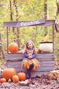 Halloween Mini Session, Halloween Pictures, Fall Pictures, Fall Photos, Fall Pics, Halloween Halloween, Senior Pictures, Halloween Photography, Autumn Photography