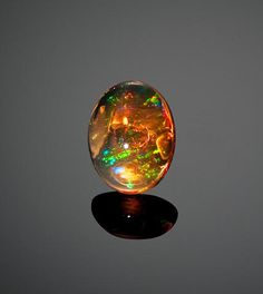 Very Fine Orange Jelly Opal - Stunning, even to my untrained eye! Minerals And Gemstones, Crystals Minerals, Rocks And Minerals, Stones And Crystals, Gem Stones, Cool Rocks, Beautiful Rocks, Chasing Unicorns, Jelly Opal