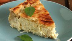 tiropita me tiri krema Happy Foods, Few Ingredients, Spanakopita, Greek Recipes, Apple Pie, Cornbread, Recipies, Yummy Food, Sweets
