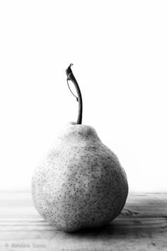 Still Life Photos, Ceramics, Pears, Decor, Food, Ceramica, Pottery, Decoration, Ceramic Art