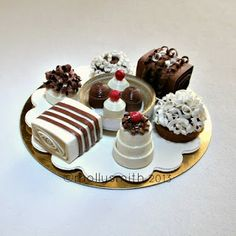 Molly Smith: Miniature Quilled Paper Chocolates