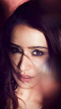 Miss Martin, Aalia Bhatt, Shraddha Kapoor Cute, Sraddha Kapoor, Most Beautiful Indian Actress, Girls Dp, Cute Images, Celebs, Celebrities