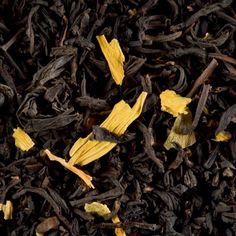 A blend of black teas with the delicious aroma of caramelized roasted apple livened up with a hint of maraschino. Stewed Fruit, Tea Gift Sets, Tea Canisters, Tea Pots, Caramel, Apple, Healthy, Products, Types Of Tea