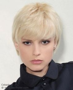 Easy to style short haircut with bangs. Blonde hair.