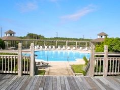 Offers 5 communal pools at the Currituck Club Resort