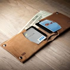 Minimal Leather Wallet by Mr. Lentz
