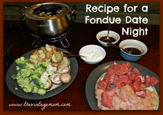 Fondue is an simple, easy, and frugal way to sit back and enjoy a conversation with your date. Here is a recipe for a fondue date night! Date Night Dinners, Date Night Recipes, Dinner Recipes, Broth Fondue Recipes, Fondue Raclette, Melting Pot Recipes, Fondue Party, Cooking Recipes, Healthy Recipes